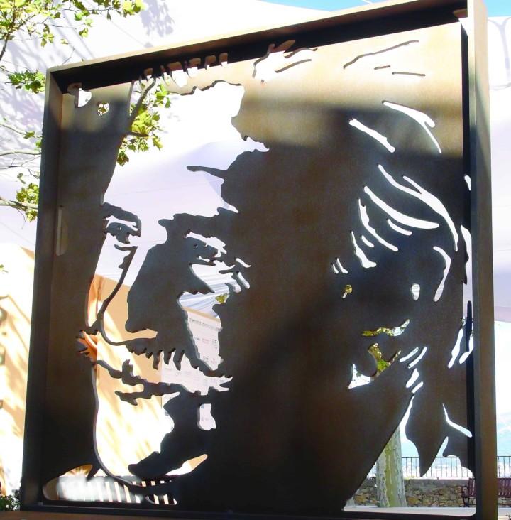 The Roger Vergé sculpture by Peter Engels found its permanent place in Mougins, France at Vergé's restaurant L'Amandier.