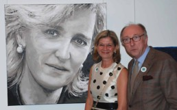 The Princess Astrid portrait painting by Peter Engels with Kristina and Jan Engels