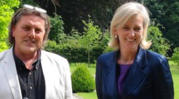 Princess Astrid welcomes artist Peter Engels in her home in Laken (Brussels)